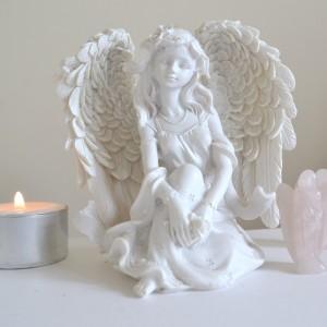 angel rose white
