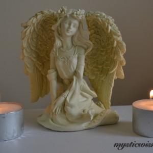 elegance cream angel