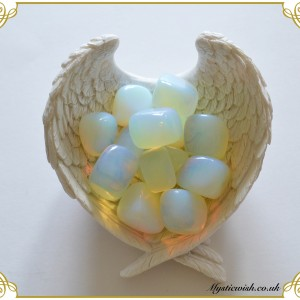 Crystal opalite tumblestone