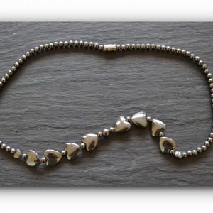 necklace hematite hearts