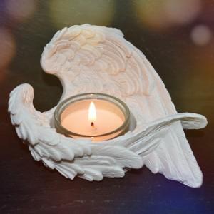 Tealight holder angel wings
