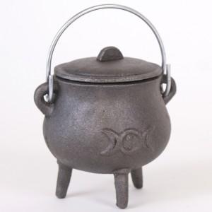 triple-moon-cauldron