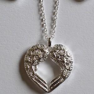angel wings heart necklace