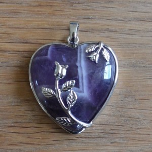 pendant with amethyst heart