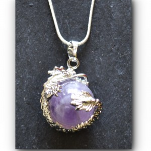Dragon necklace amethyst