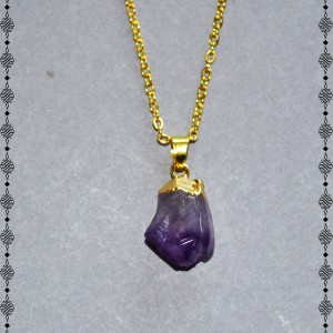 natural shape amethyst necklace