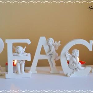 Cherubs letters peace