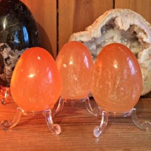 egg orange selenite